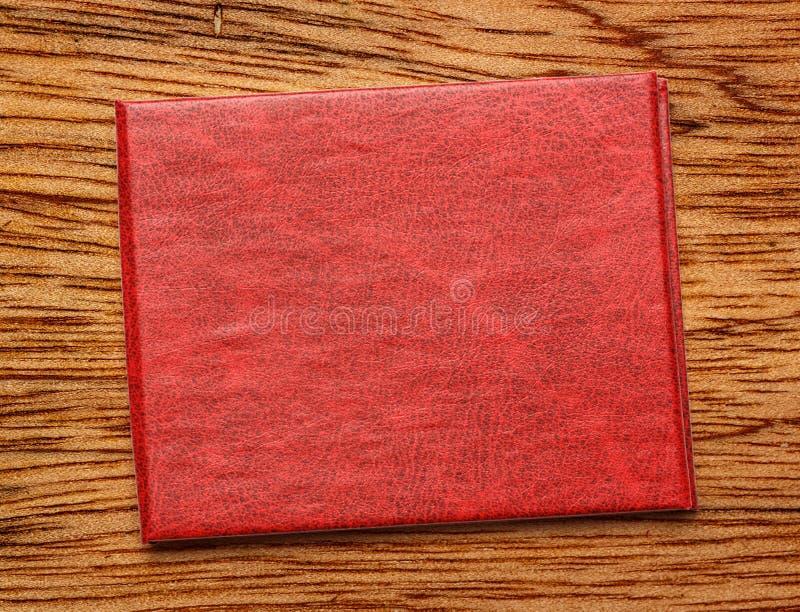 Красная крышка пустого документа стоковое изображение