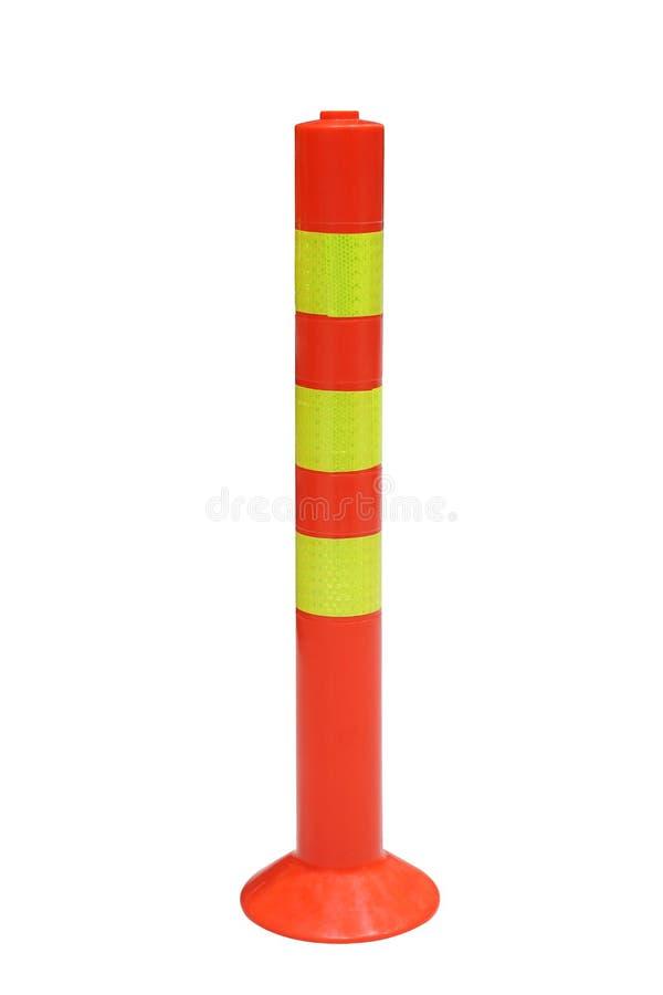 Красная пластиковая ручка конуса безопасности дорожного движения изолированная на белой предпосылке стоковое фото rf