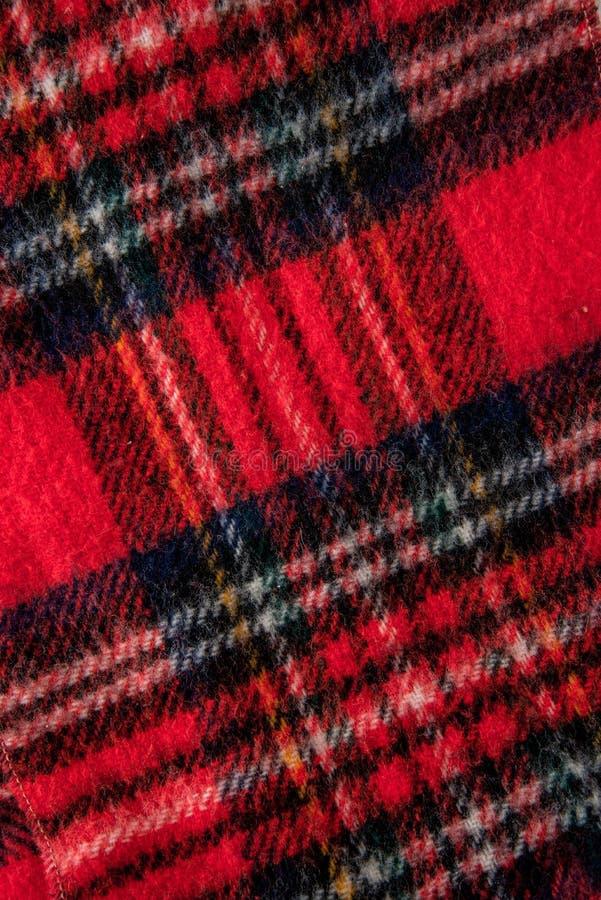 Красная текстура предпосылки ткани фланели шарфа стоковая фотография rf