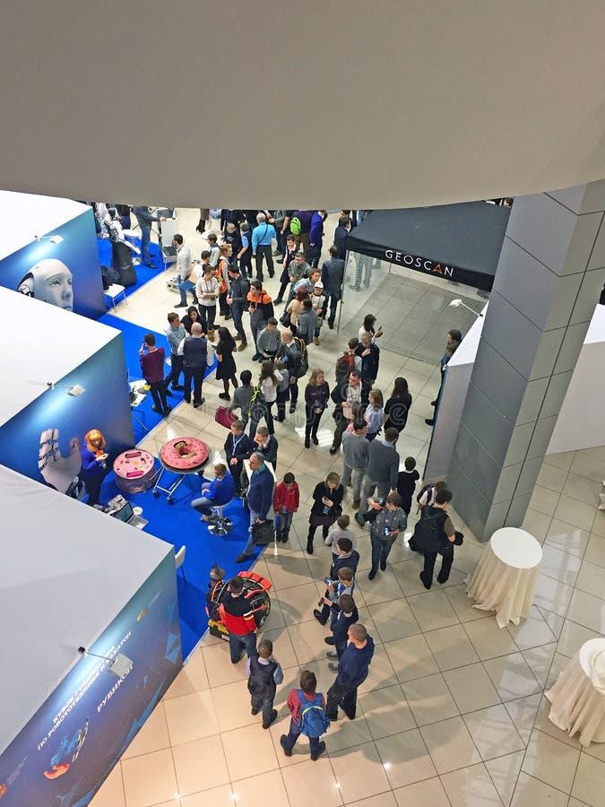 Красногорск, область Москвы/Россия - 13-ое декабря 2017: конференция и выставка робототехники стоковое изображение