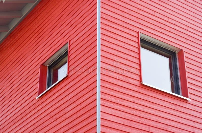 Красное здание стоковое фото