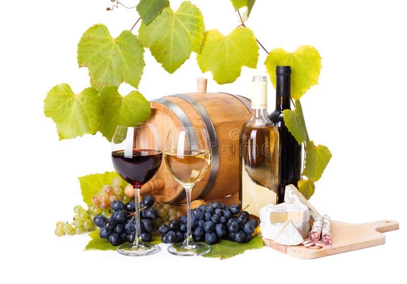 Красное и белое вино в стеклах стоковое фото rf
