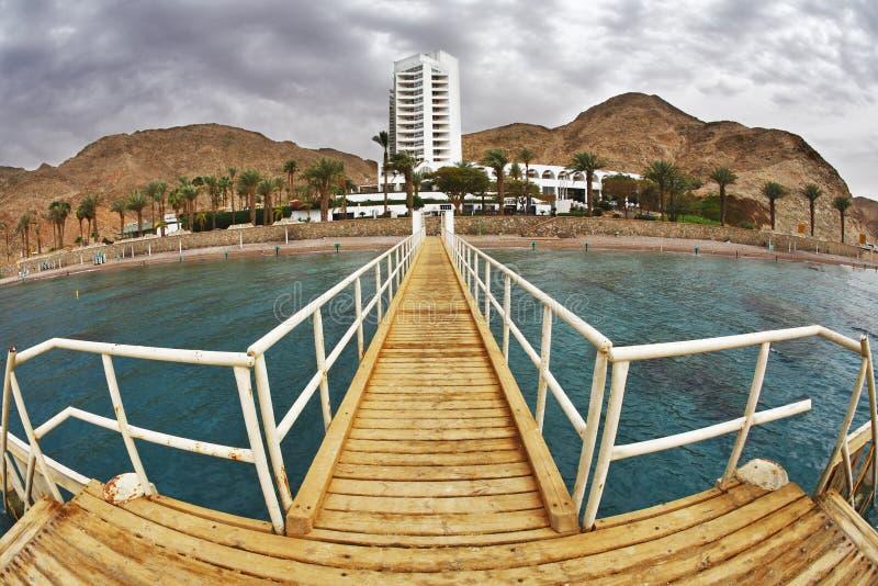 Красное Море пристани пляжа деревянное стоковая фотография rf