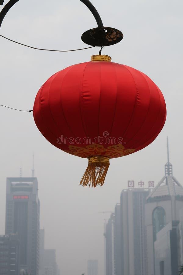 Красное украшение улицы фонарика в XI `, Китае стоковые изображения rf