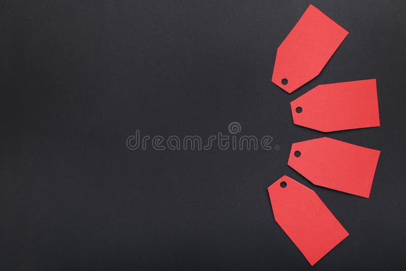 красные бирки сбывания стоковое изображение