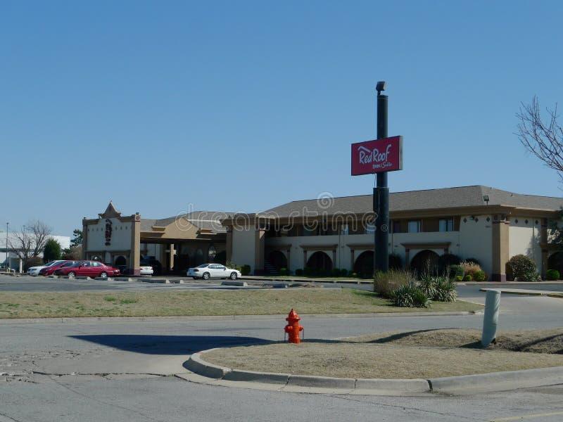 Красные гостиница крыши & сюиты, Оклахомаа-Сити, Оклахома стоковое изображение