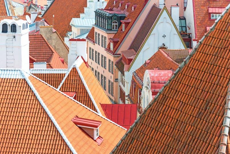 красные крыши стоковое изображение rf