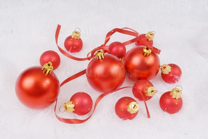 красные сферы тесемки стоковое фото