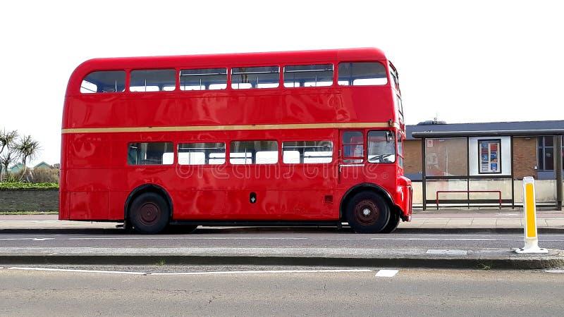Красный автобус двойной палуба стоковое фото rf