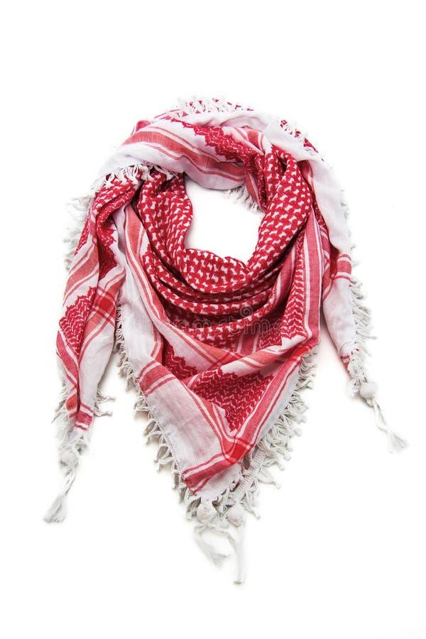 Красный арабский шарф изолированный на белой предпосылке стоковые изображения