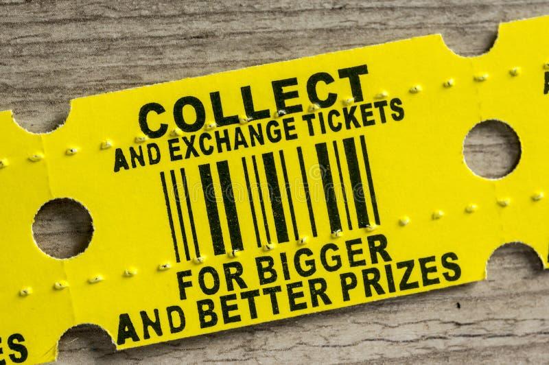 Красный билет приза аркады стоковые фотографии rf