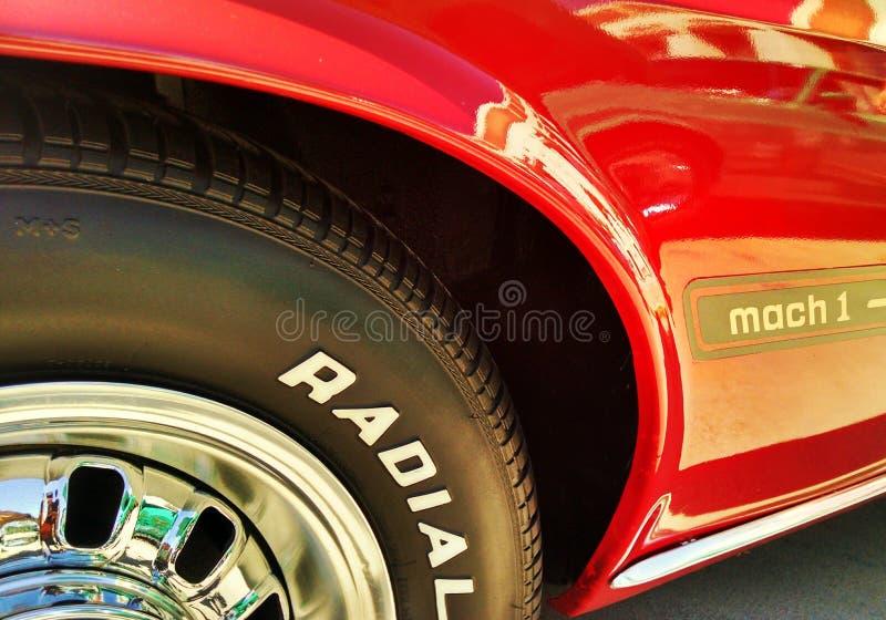 Красный брод мустанга автомобиля спорт стоковое фото rf