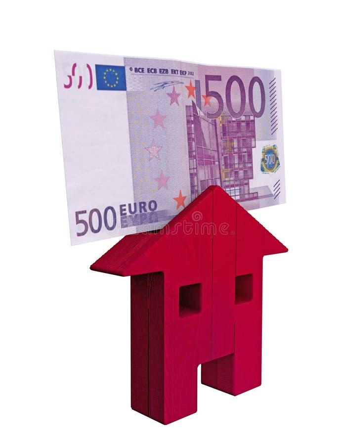 Красный деревянный дом и счет евро 500, вклады, покупают и продают Ипотека и займы иллюстрация вектора