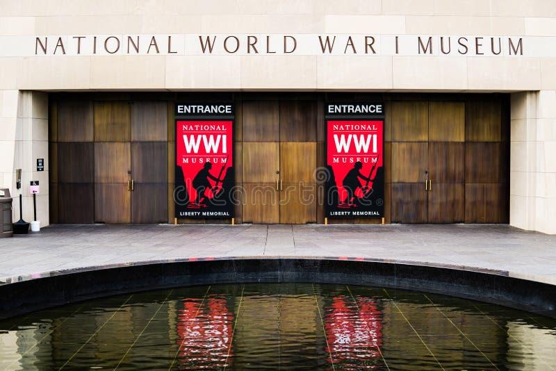 Красный знак - национальный музей Первой Мировой Войны в Kansas City стоковое изображение