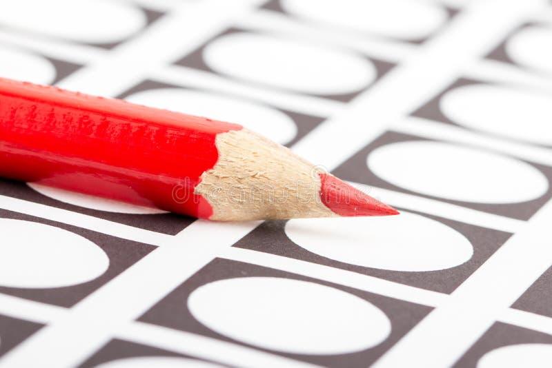Красный карандаш используемый для голосовать стоковые фотографии rf