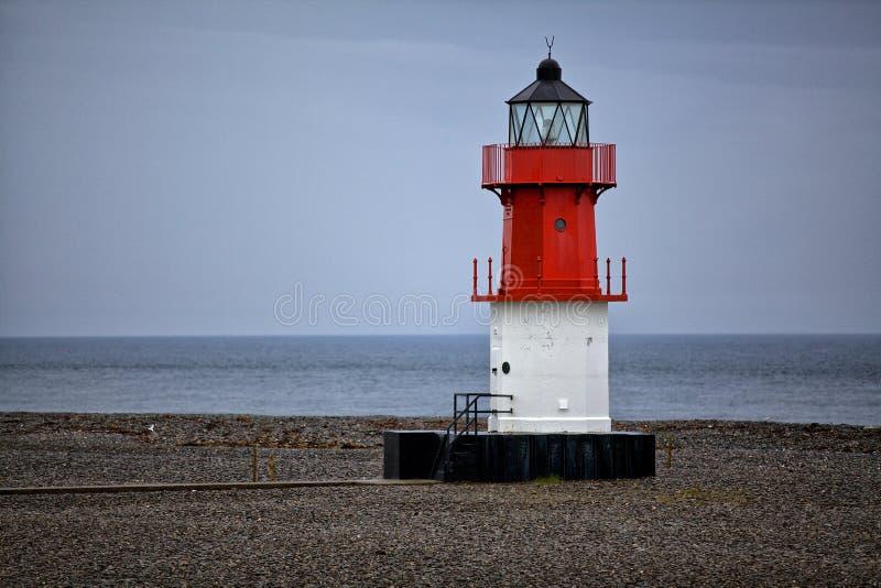 Download Красный маяк стоковое изображение. изображение насчитывающей маяк - 41650449