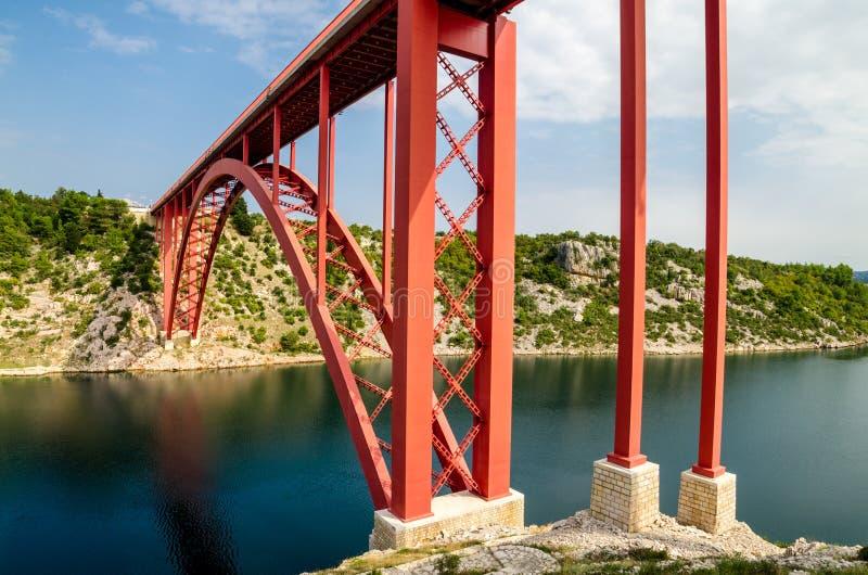 Красный мост стоковые изображения rf