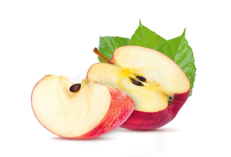 Красный отрезок куска плодоовощ яблока изолированный на белой предпосылке стоковое изображение rf