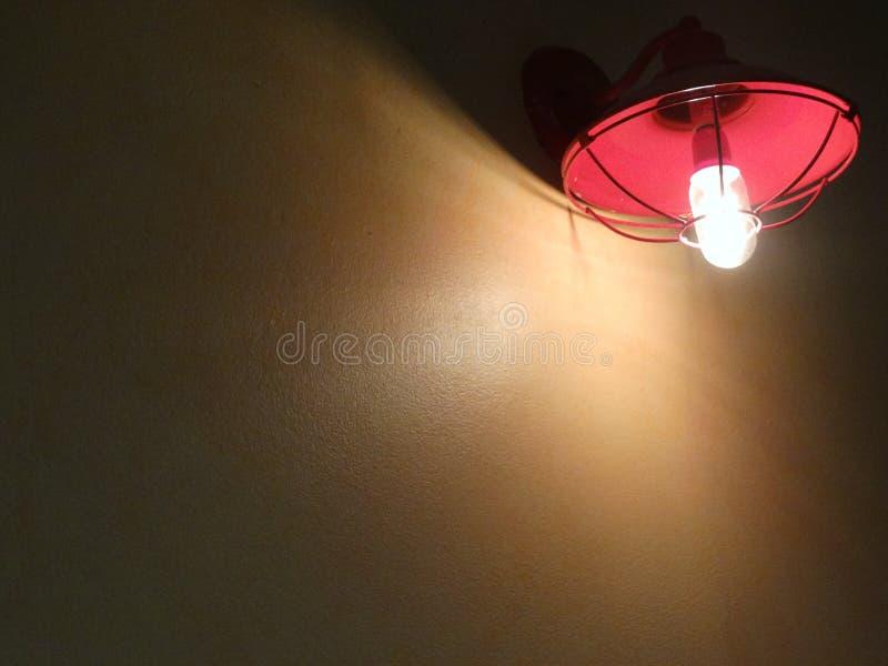 Красный светильник стоковая фотография