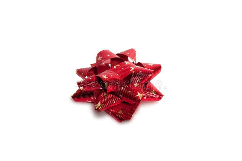 Красный смычок на белизне стоковое изображение rf