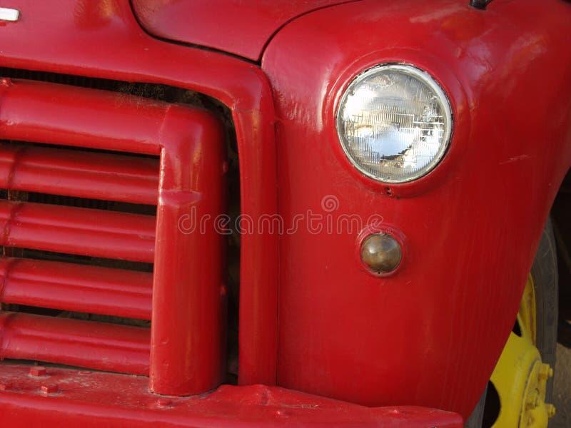 красный цвет автомобиля старый стоковые изображения