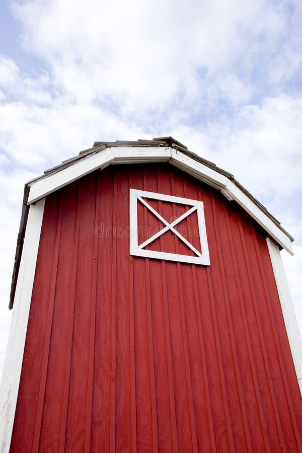 красный цвет амбара стоковые изображения rf