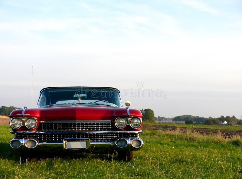 красный цвет американского автомобиля классицистический стоковые фотографии rf