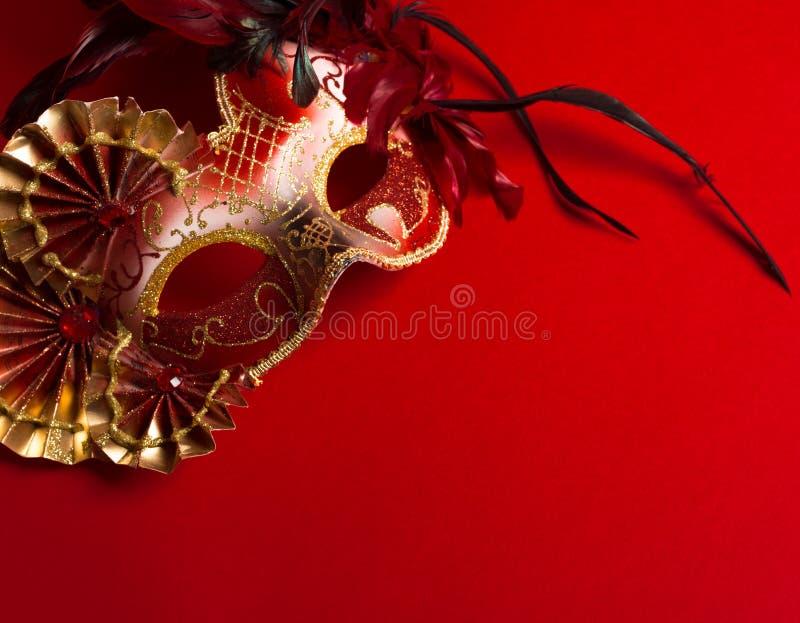 Цвет венецианский красный