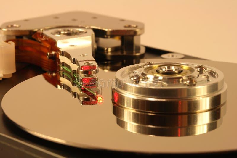 красный цвет лазерного луча диска трудный вниз стоковое изображение
