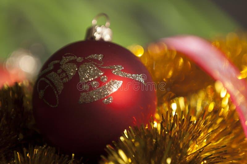 красный цвет орнамента рождества стоковое фото