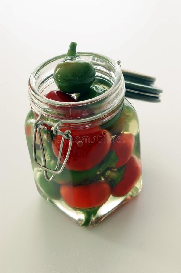 красный цвет паприки опарника вишни зеленый стоковое изображение rf