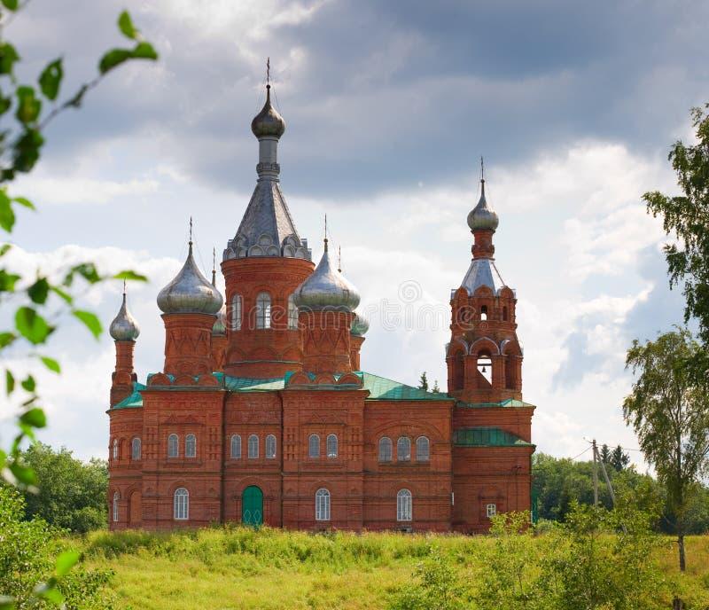 красный цвет Россия церков кирпича стоковое изображение rf