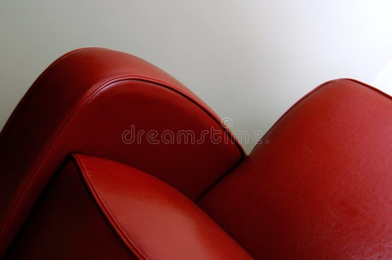 красный цвет стула кожаный стоковая фотография