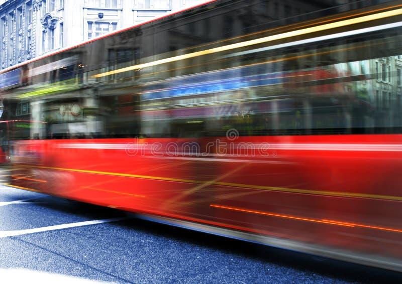 красный цвет шины стоковая фотография