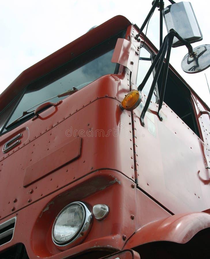 красный цвет Cabover старый Стоковая Фотография RF