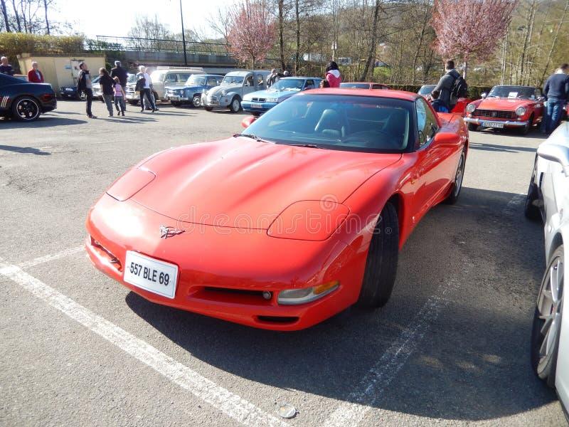 красный цвет chevrolet классический corvette автомобиля стоковые изображения