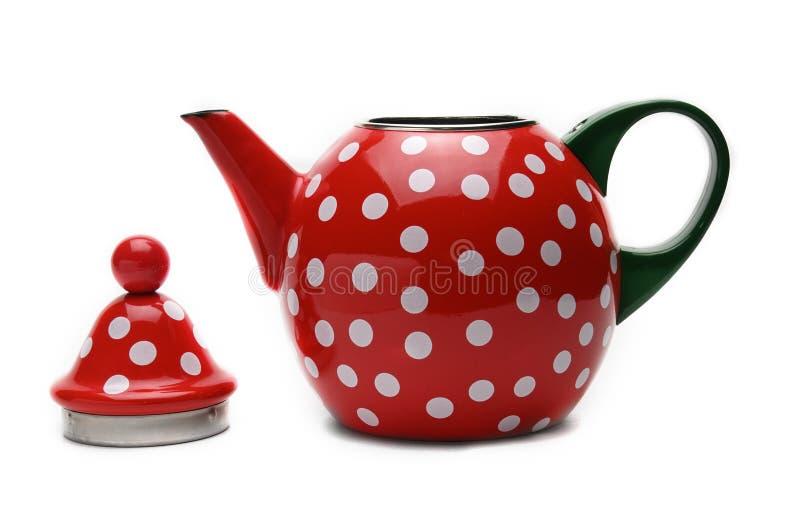 Красный чайник для чая заваривать Чайник r стоковые изображения rf