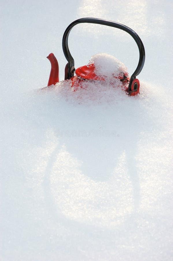 Красный чайник стоковое фото rf