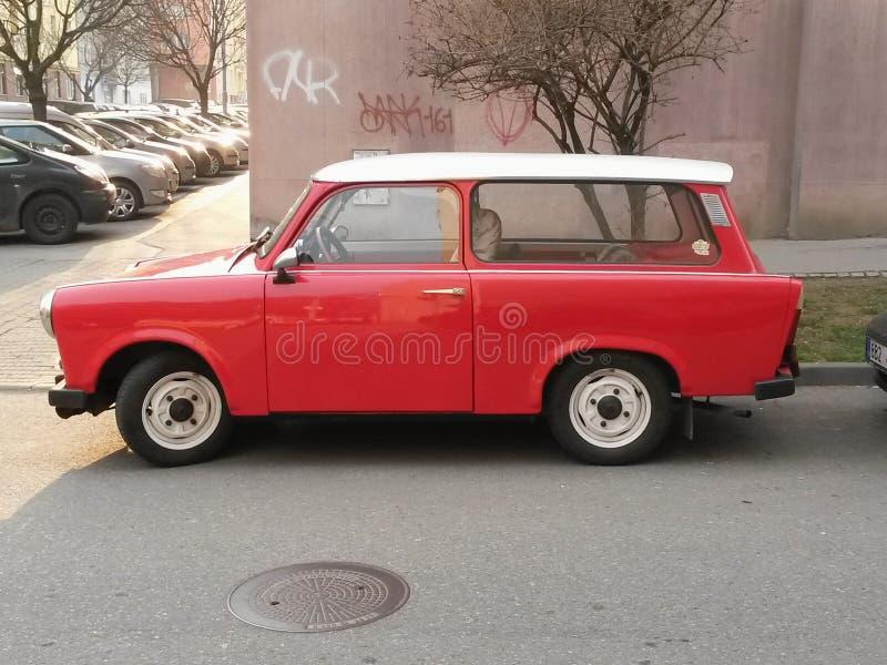 Красный Trabant автомобиль стоковые фото