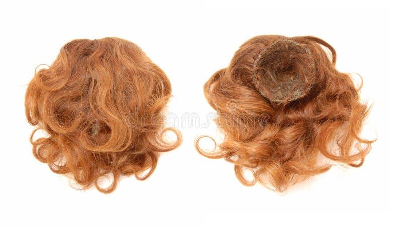 Красн-с волосами chignon. стоковые фото