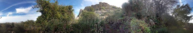 Красота гор атласа в Марокко стоковые фото