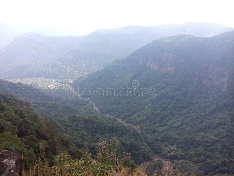 Красота гор maghalaya shillong природы стоковое изображение