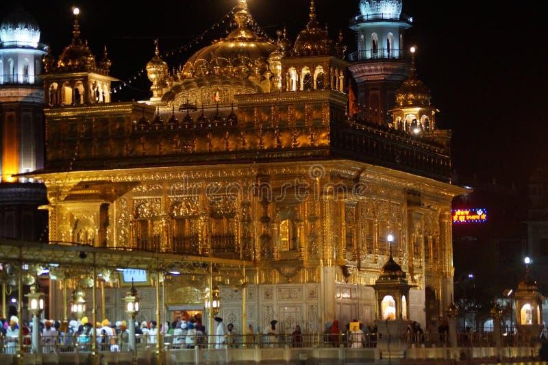 Красота золотого виска в Индии стоковые изображения