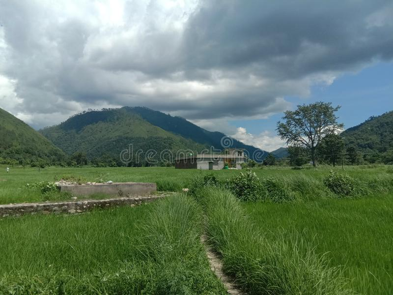 Красота ландшафта в маленьком городе в области Гималаев места Индии исторического стоковая фотография