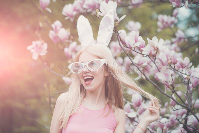 Красота, молодость и свежесть весной, пасха стоковое изображение rf