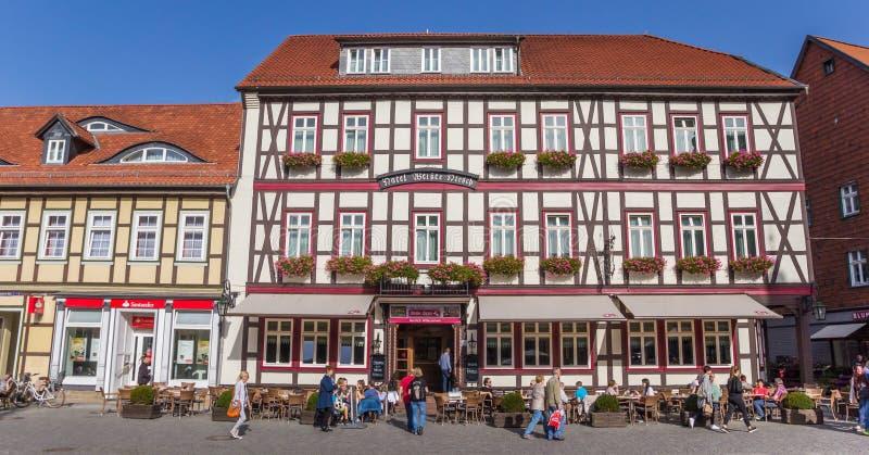 Красочная гостиница на центральной рыночной площади Wernigerode стоковые изображения