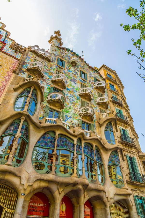 Красочная Каса Batllo в Барселоне стоковое фото rf