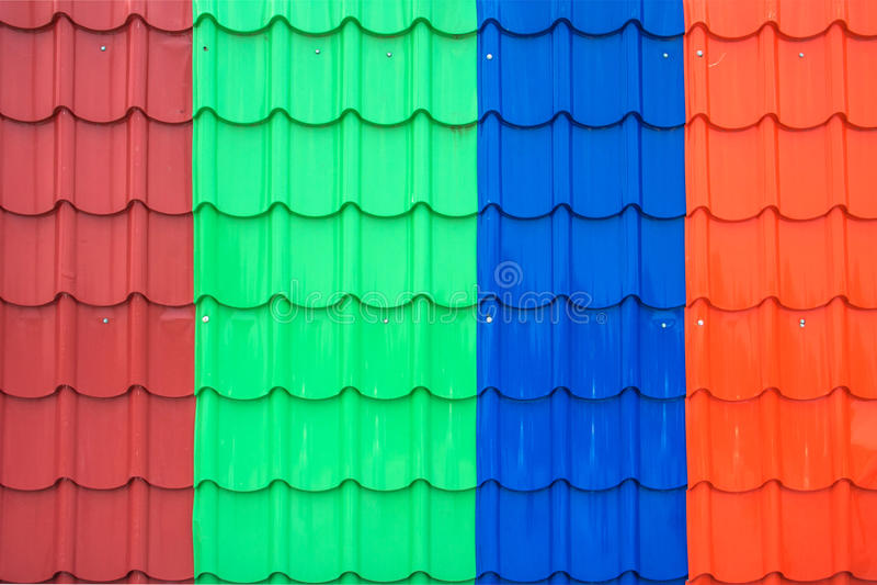 Красочная крыша металлического листа стоковые фото