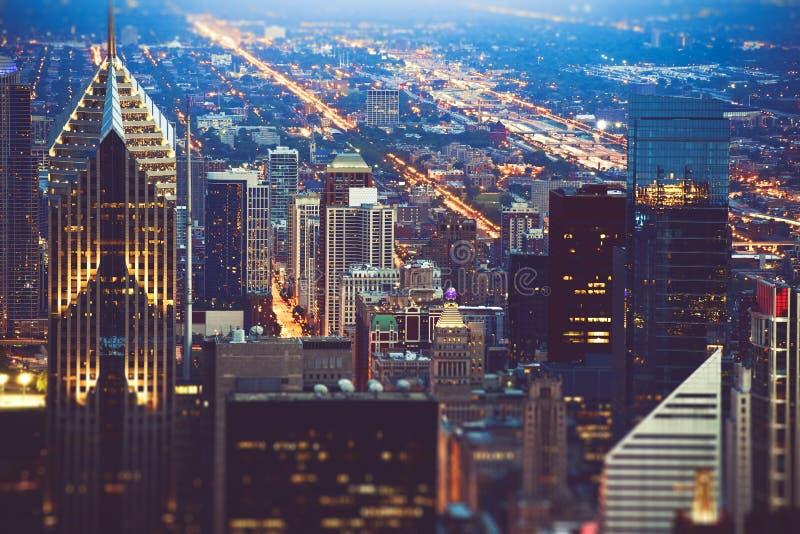 Красочная ноча Чикаго стоковая фотография