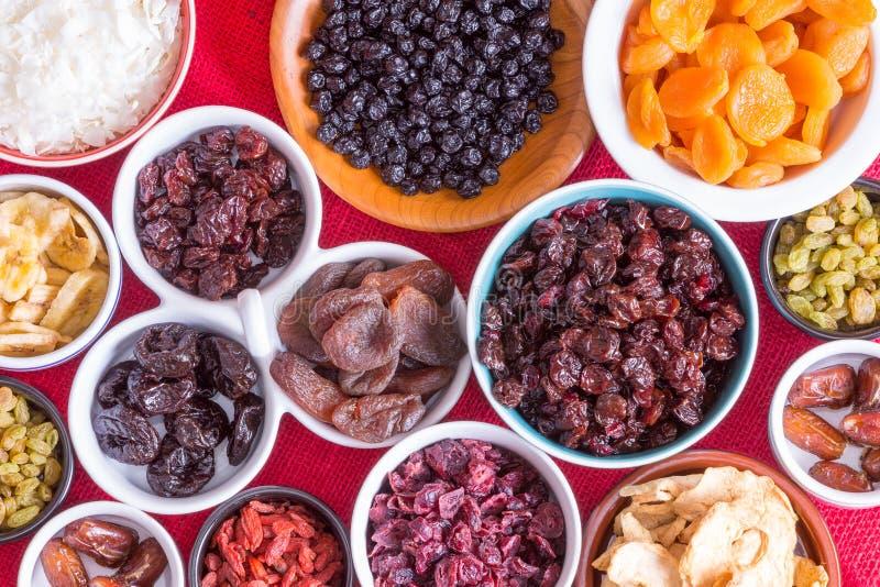 Download Красочная предпосылка разнообразие высушенных плодоовощей Стоковое Изображение - изображение насчитывающей обломок, высушено: 41652993